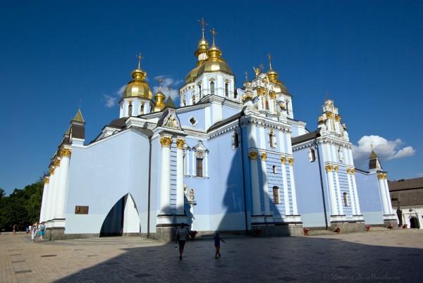Михайловский Златоверхий собор. Предполагается, что это первый собор с позолоченным верхом на Руси!